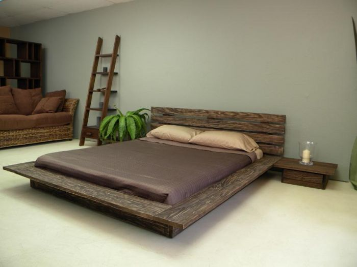 Rustic Wooden Bed Designs 700 x 525