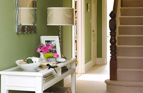 1 LG Hallway Green Make Your Hallway Bigger & Brighter