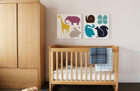 Luxury Bedroom Ideas: Classic Wood Baby Room