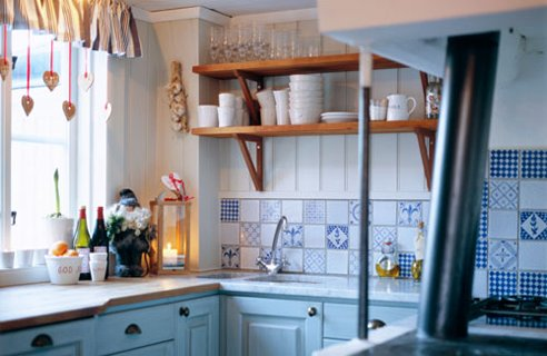 6 small country kitchen Small Kitchen Design and Planning