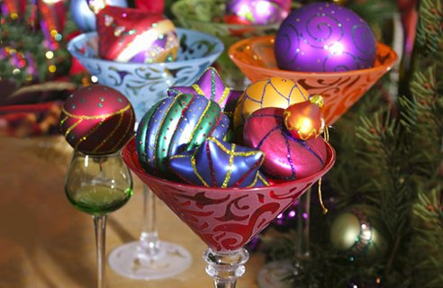 7 cocktail glass baubles Christmas Table Decors