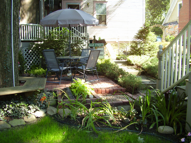 4 garden patios and decks we love Garden Patios and Decks We Love