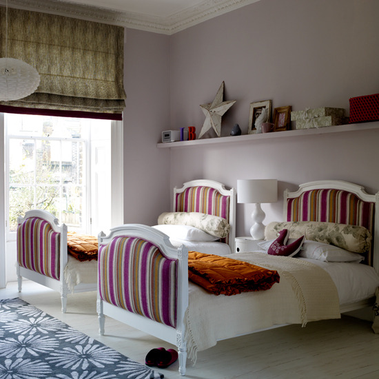 traditional-childrens-bedrooms-twinsKids Bedroom For Twin Girls