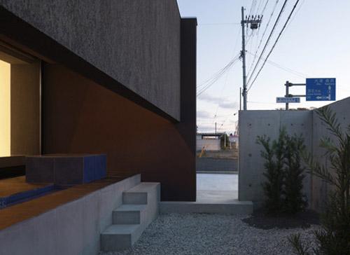 2 an austere private home by kouichi kimura An Austere Private Home by Kouichi Kimura