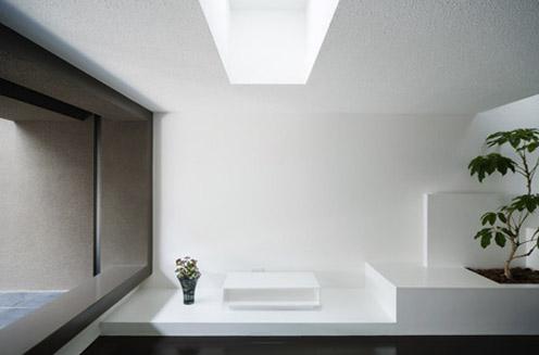5 an austere private home by kouichi kimura An Austere Private Home by Kouichi Kimura