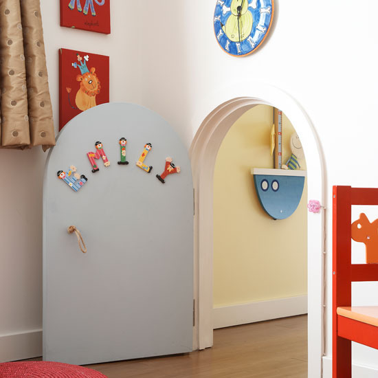 5 wonderful colourful childrens room Alice in Wonderland Wonderful colourful Childrens room