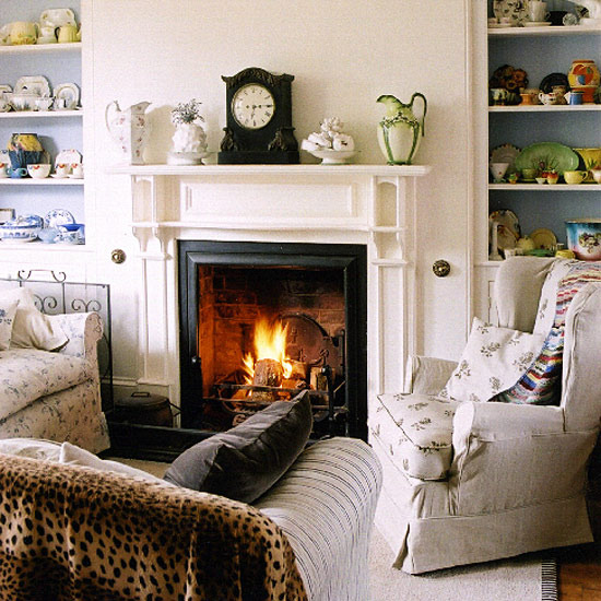 7-white-traditional-living-room-ideas-2011-Living-room-with ...
