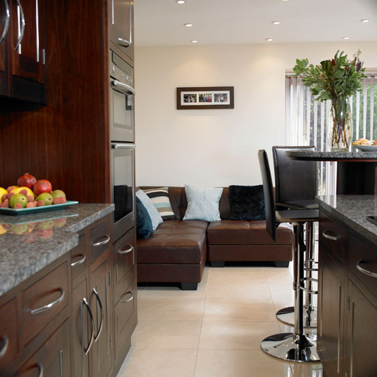 6 Glamorous kitchen Include comfortable seating Add glamour to your kitchen