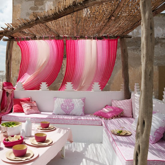 4-top-10-ideas-for-modern-pink-garden-Opulent-garden-terrace ...