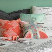 London Duvet Set by Blissliving Home