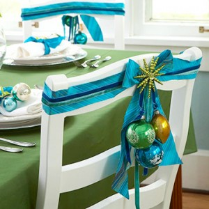 3 10 ideas how make a beautiful christmas table Have Seat 300x300 3 10 ideas how make a beautiful christmas table Have Seat