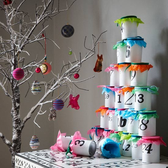 3-best-low-effort-christmas-decorating-ideas-Modern-stacking ...