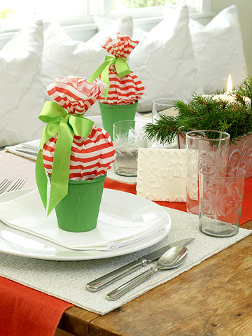 Top 10 ideas how make a beautiful christmas table - Table gifts for christmas ...