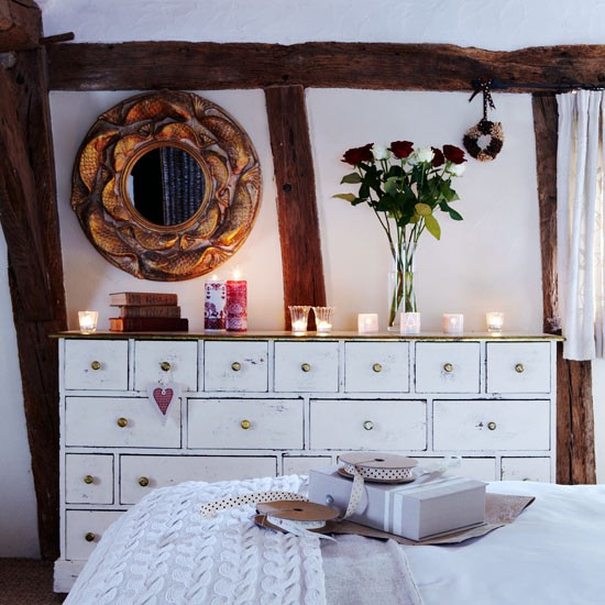 Znalezione obrazy dla zapytania christmas bedroom candles
