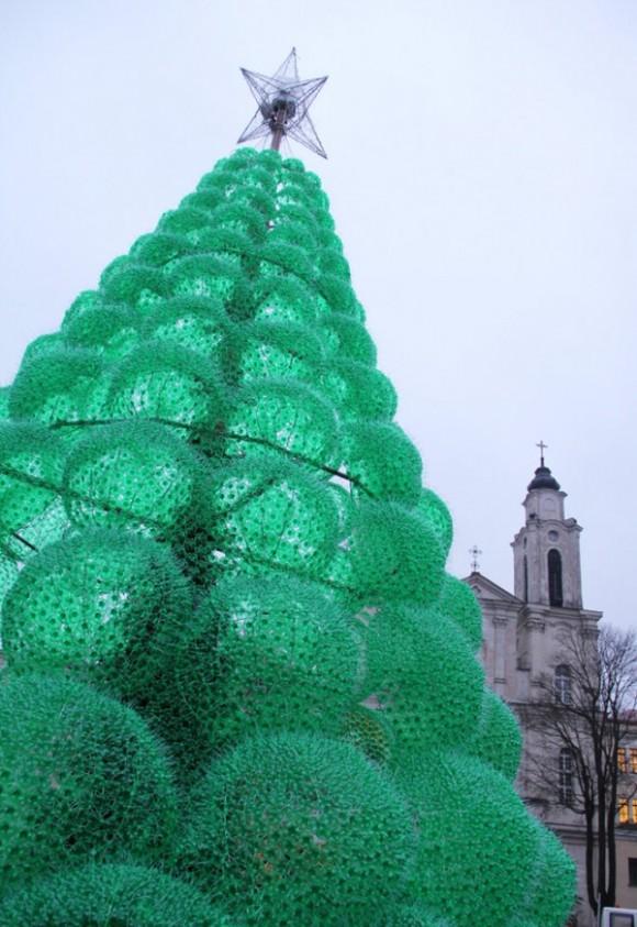 1 eco friendly christmas tree by jolanta smidtiene Eco friendly Christmas Tree by Jolanta Smidtiene