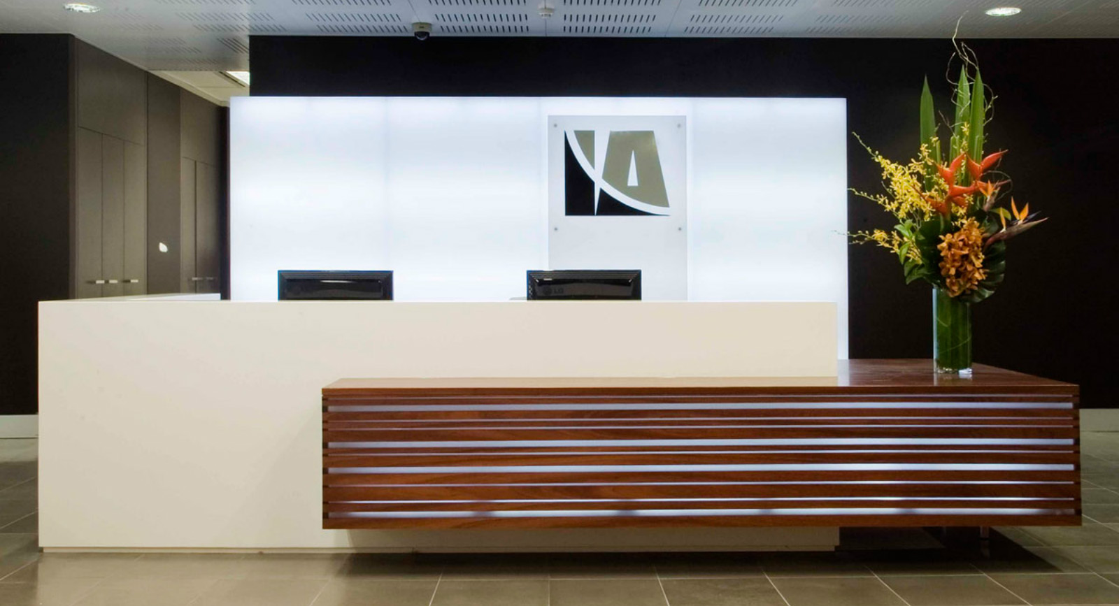 Best Reception Area Images On Pinterest Reception Counter
