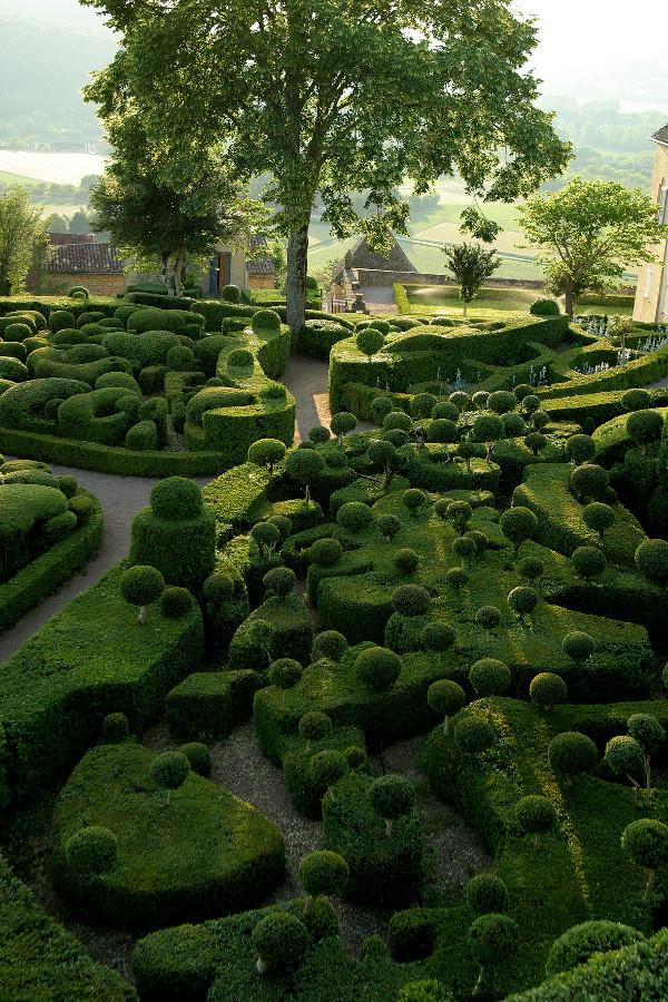 3 сurious gardens of marqueyssac Сurious Gardens of Marqueyssac