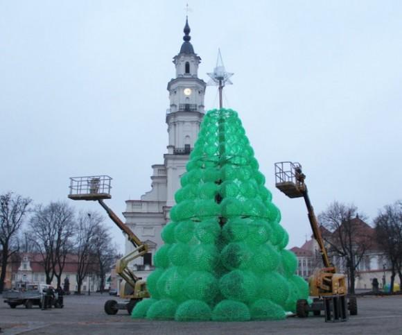 5 eco friendly christmas tree by jolanta smidtiene Eco friendly Christmas Tree by Jolanta Smidtiene