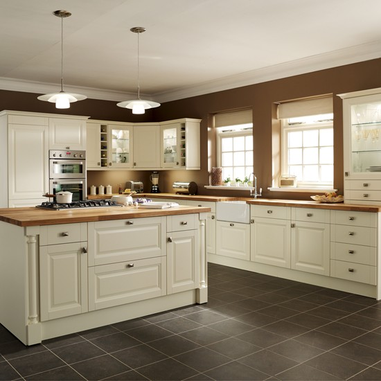 8-top-quality-kitchens-by-essentially-magnet-Hatfield-Cream | Home ...