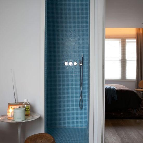 Decorating small spaces bathrooms bathroom renovation design ...