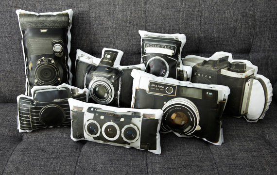 1 original vintage camera pillows Original Vintage Camera Pillows