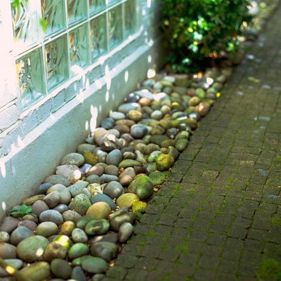 small front garden designs bmo pinterest small front gardens gardens and garden ideas - Beach Style Garden Ideas