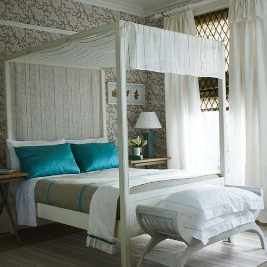 3 bedroom ideas wallpapers Mix florals with stripes Bedroom Ideas   Wallpapers