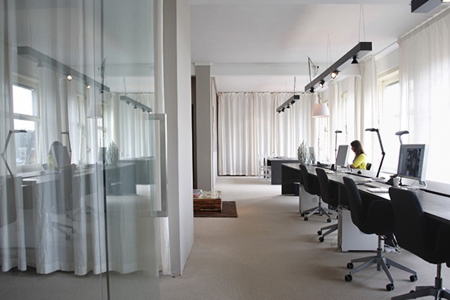 9 office interior decorating ideas by uxus Office Interior Decorating Ideas by UXUS