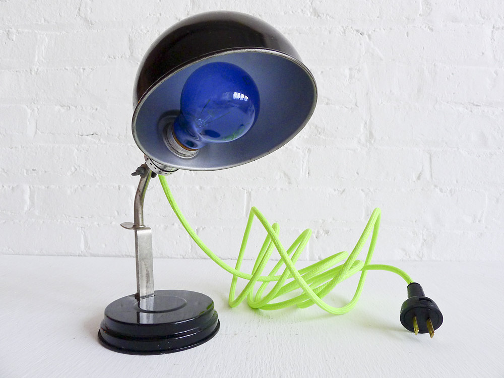 8 blue light Vintage lamps
