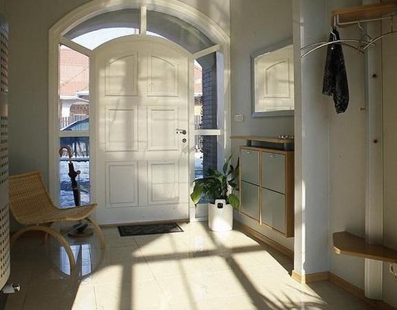 Corridor Design: The Interior Corridor In The House