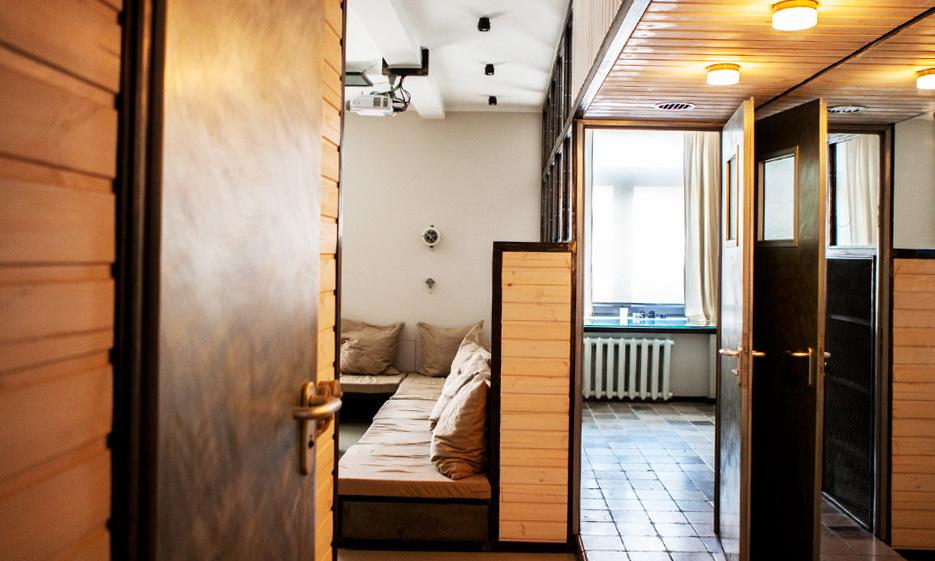 21-room-interior