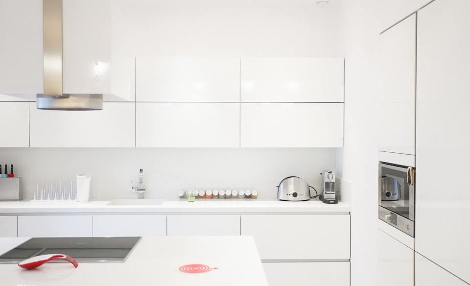 22-white-kitchen