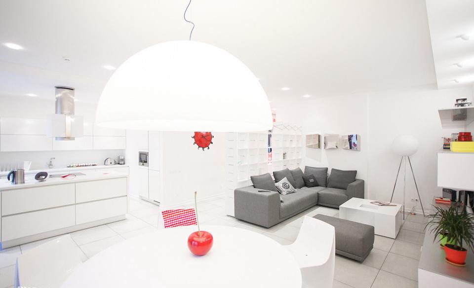 32-room interior