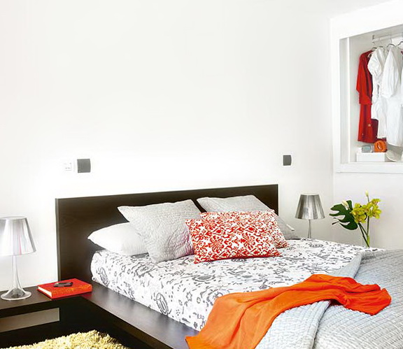 6-bright bedroom
