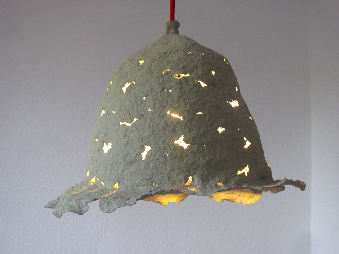 paper_pulp_lamp_flower_2_resize