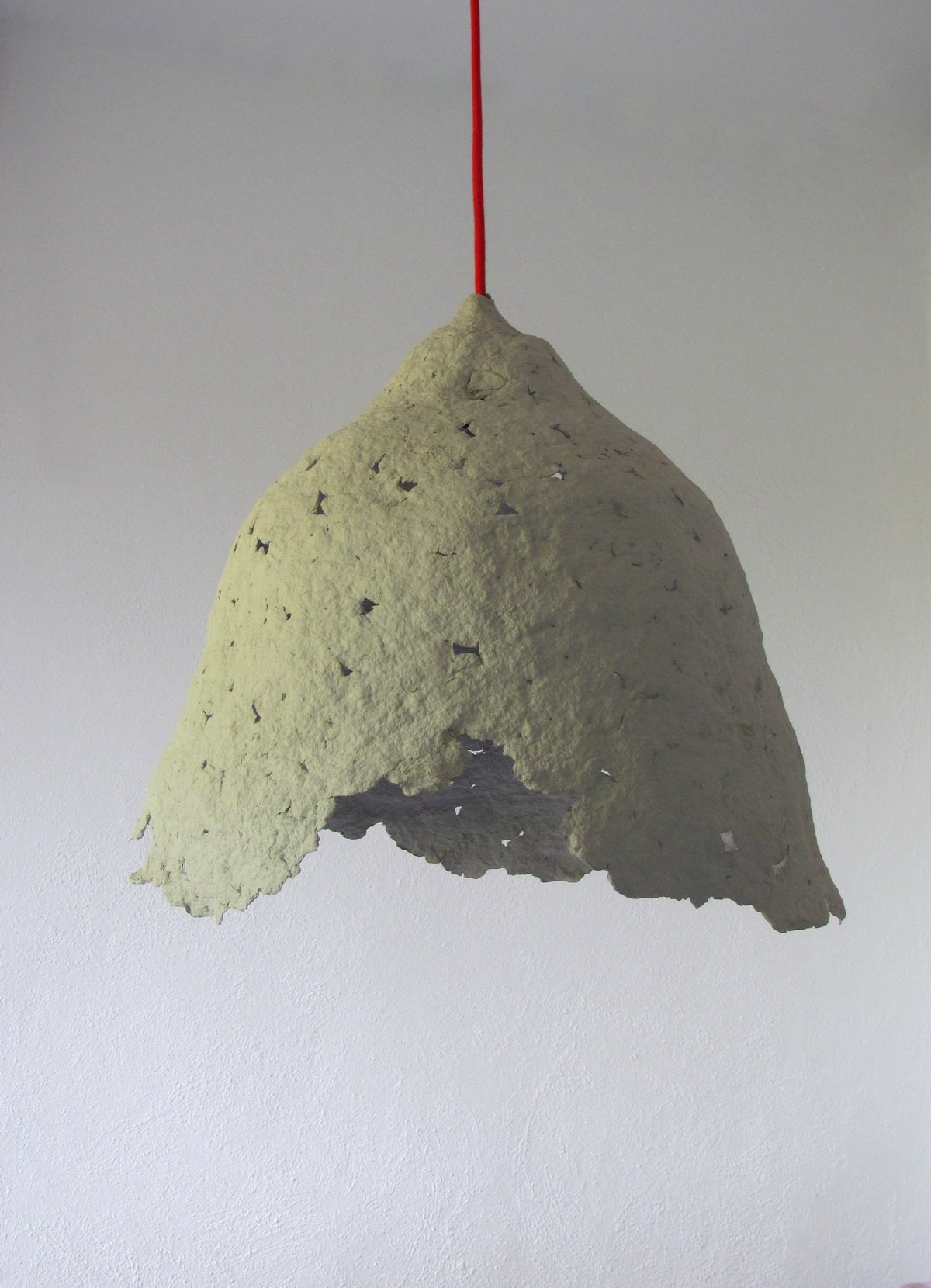 recycled_paper_mache_lamp_1_resize
