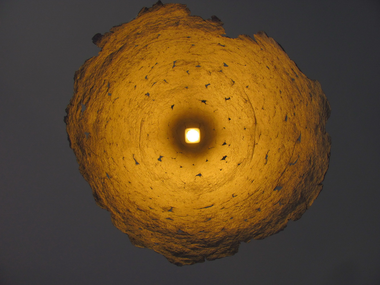 recycled_paper_mache_lamp_6_resize