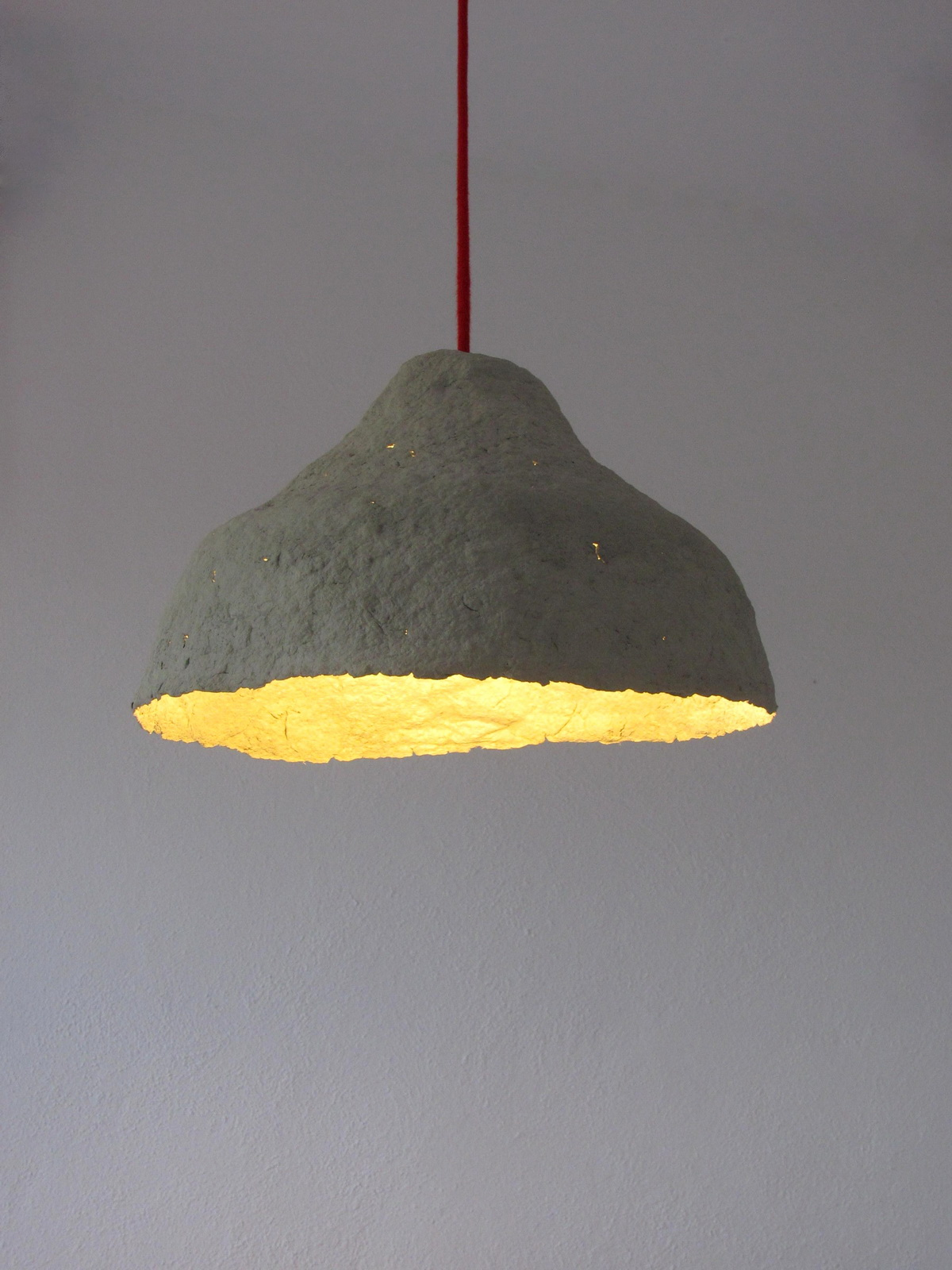 recycled_paper_pulp_lamp_vaseIII_2_resize