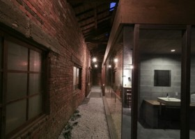 1-hideout-of-a-brick-storehouse-by-k2-design