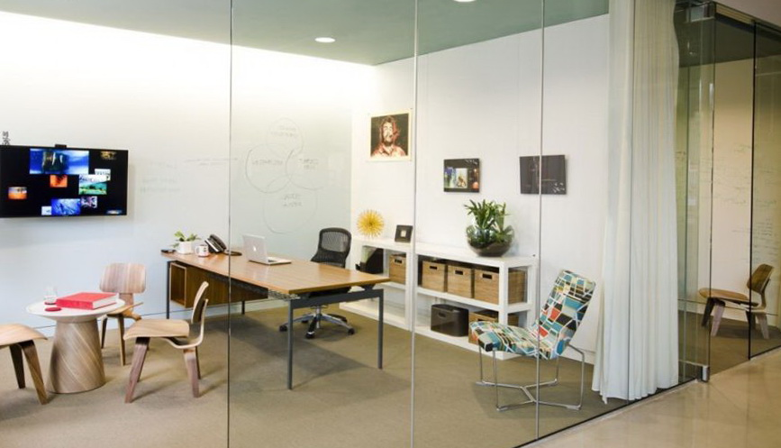 1-modern-office-space-for-fine-design