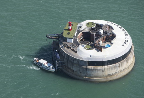 1-spitbank-fort-sea-hotel