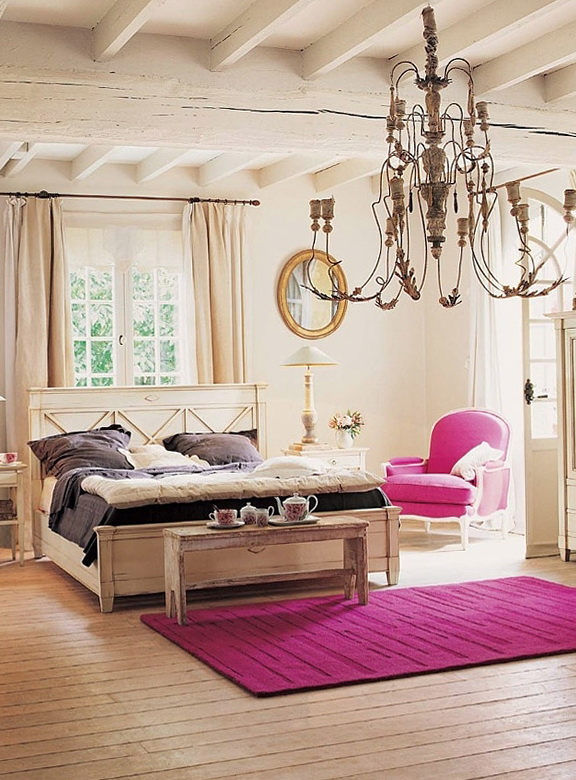 10-bedroom with shades of fuchsia