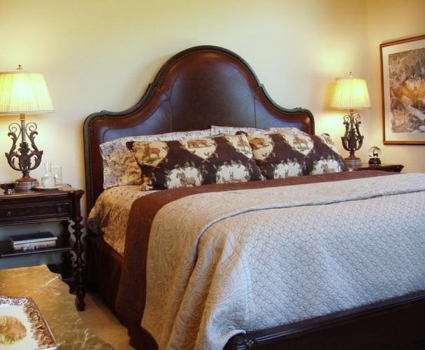 10-dark bed