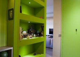 11-green-room