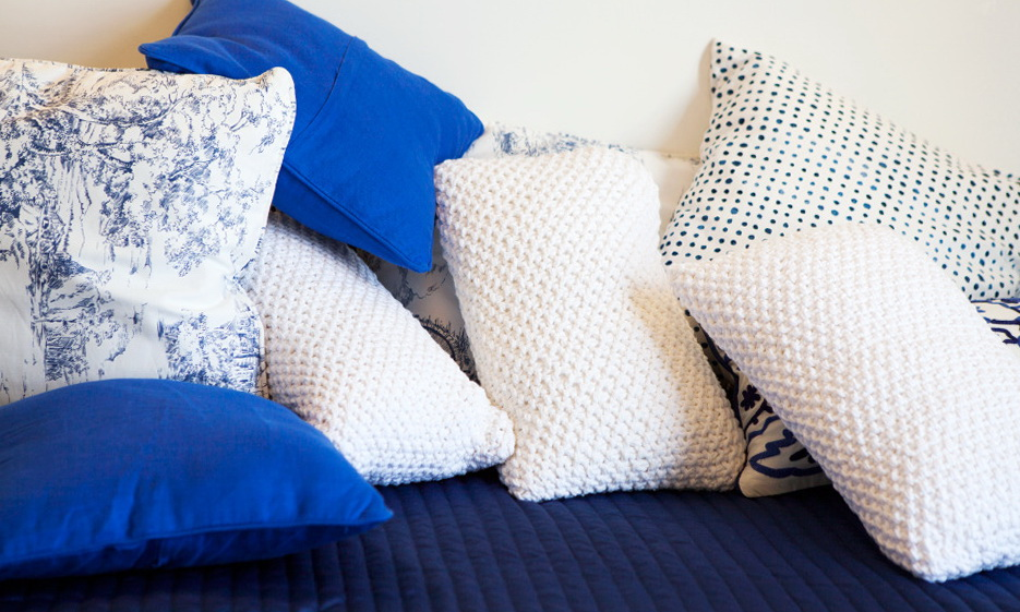 111-Zara Home pillows