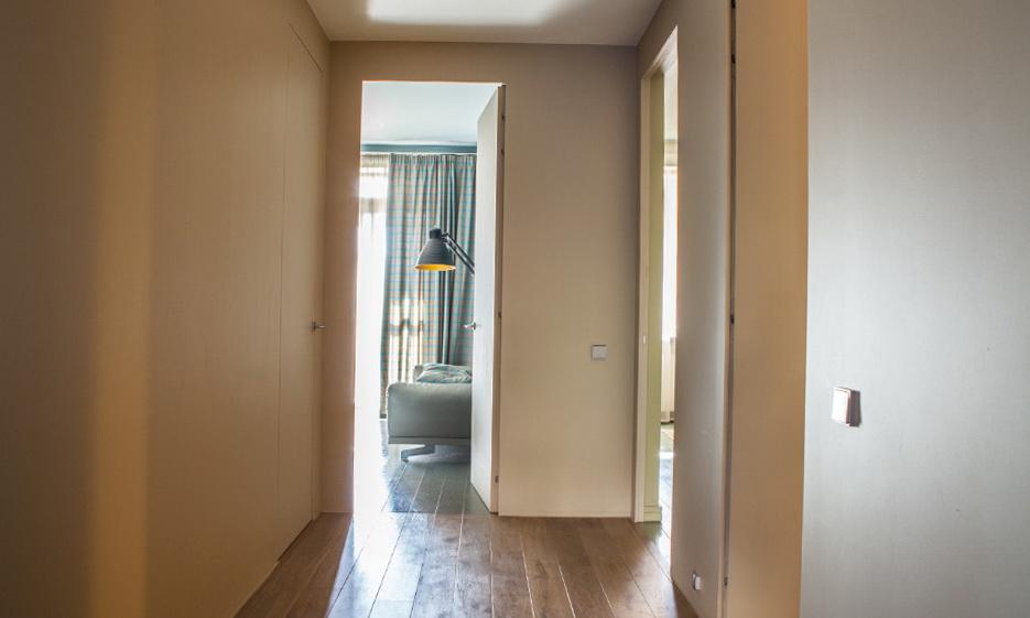 181-2.4-meter doors