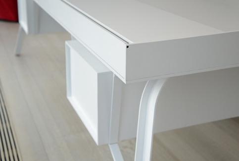 2-white-desk