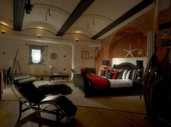 3-hotel-interior