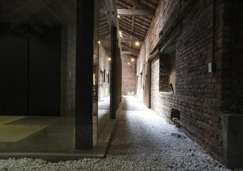 4-interior