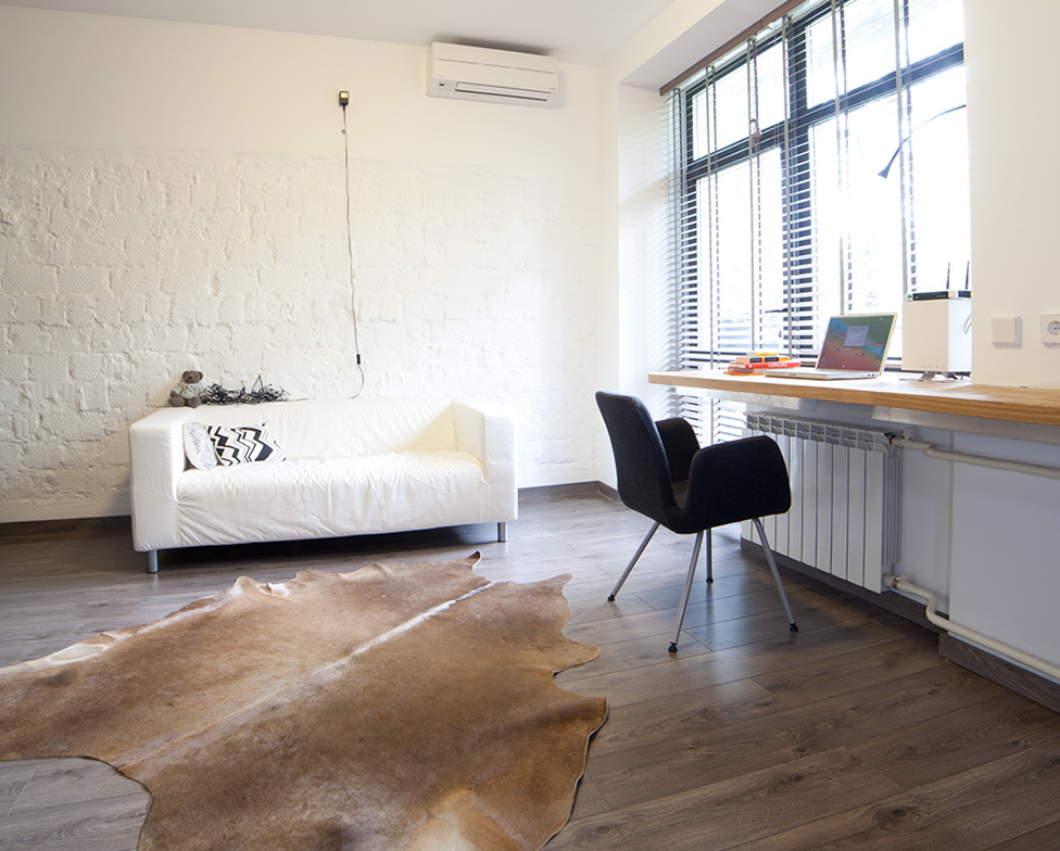 4-white sofa